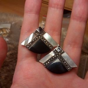 Sterling silver triangle onyx MOP earrings